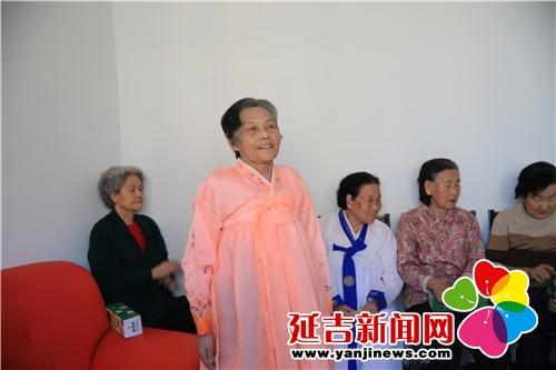 老人演唱歌曲 韩丹