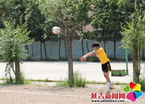 延吉市举行中小学生足球比赛 - 教育资讯 - 延吉