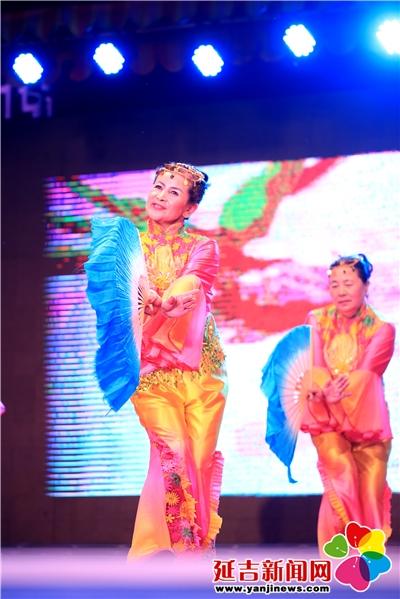 舞蹈《弹起我心爱的土琵琶》 杨婷婷 摄-快乐延吉大舞台 夏秋季征兵专