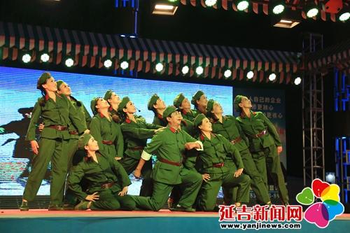 快乐延吉大舞台纪念八一建军节文艺演出精彩上演 - 延吉新闻 - 延吉新闻网 - 未来之选·就是延吉 [YanJinews.com]
