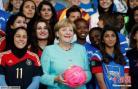 默克尔再度谋求连任德国总理 党内地位无人撼动