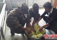 丹英社区走进部队开展韩食培训