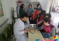 民兴社区开展关爱老年人 肝脏检查义诊活动