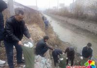 民兴社区开展河道清理活动