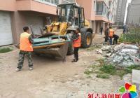 长新社区积极整治建筑垃圾乱堆乱放
