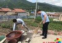 """小营镇开展以环境整治促""""脱贫攻坚"""" 主题党日活动"""