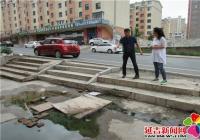 及时维修路面  为居民排忧解难