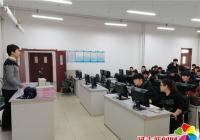 兵役登记进校园加强学生国防教育