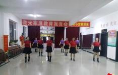 东阳社区党支部、文投集团联合春兰舞蹈团舞动快乐舞蹈团