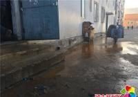 丹吉社区为居民解决供暖管道漏水问题