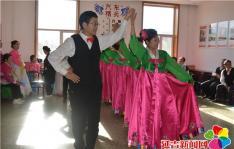 【新时代文明实践】晨光社区走进军营送去慰问演出