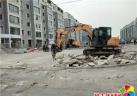 丹吉社区强力撤除违章修建 助推文明都会设置装备摆设