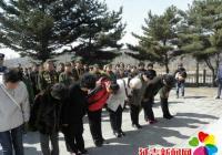 清明节祭祀革命烈士纪念碑