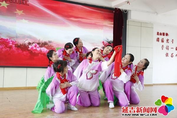 北山街道举行国庆70周年暨《永恒的红色记忆》文艺汇演