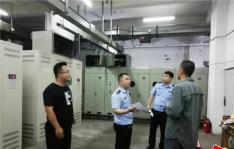 文新社区联合辖区民警开展扫黑除恶、消防安全大检查