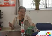 延春社区携手兄弟百货慰问退伍军人和现役军人家属代表
