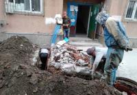 白桦社区网格员协调解决居民返水难题