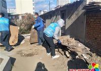 清理乱堆乱放 积极助力创城