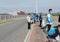 小营镇开展河道垃圾清理整治活动
