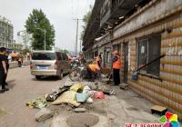 """正阳社区开展""""环境卫生综合整治---助力创城""""志愿服务活动"""