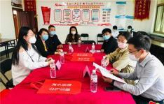 市委宣传部常务副部长李轶群看望大学生志愿者 鼓励青年为创城助力添彩