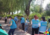 """包保单位进社区开展""""志愿服务日""""环境整治活动"""