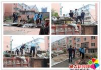 """文庆社区开展""""助力创城攻坚战""""主题党日志愿活动"""