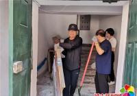 白菊社区清除辖区私搭乱建 助力建设文明家园