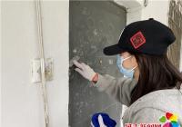 丹延社区携手大学生志愿者开展清洁楼道志愿服务活动