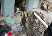 下水管道年久失修 社区帮忙协调解决