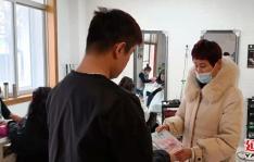 建工街道延春社区妇联开展法治宣传活动