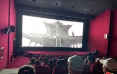 长林社区组织观看红色电影《1921》
