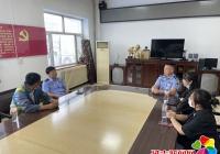 延盛社区携手延吉市交警大队设置交通安全设施及标志排除道路交通安全隐患