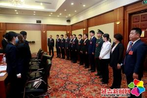 市领导看望参加延吉市第十六次党代会代表